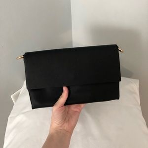 (XXI Forever) Black Rectangle Clutch